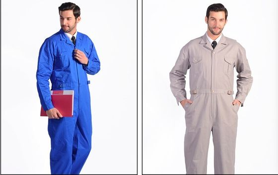 China Anti - Static Flame Retardant Insulated Coveralls Oil Resistant For Gas Station supplier